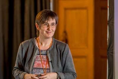 Professor Carolin Körner Friedrich-Alexander-University, MAPP SAB